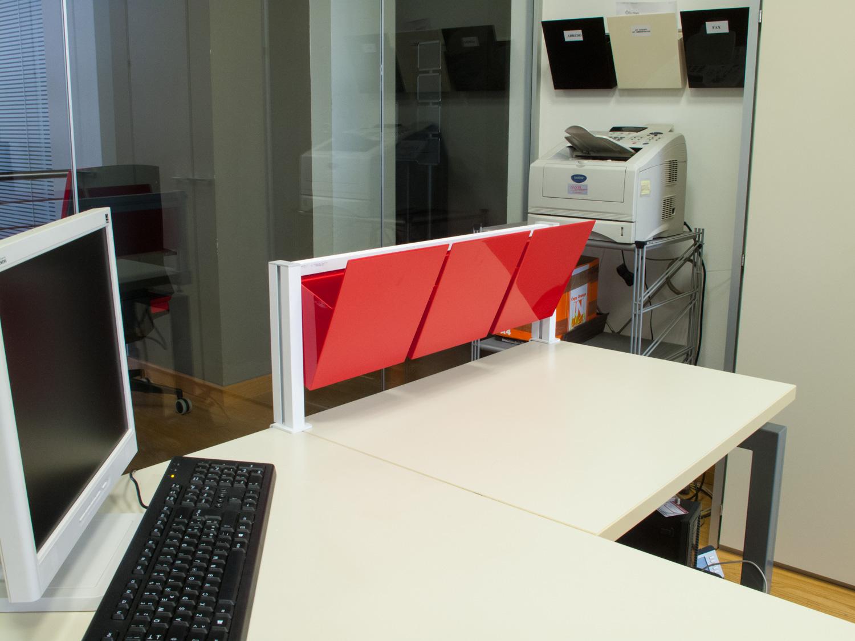 Organizzare Ufficio Vendite : Barra con tasche per organizzare la scrivania dell ufficio studio t