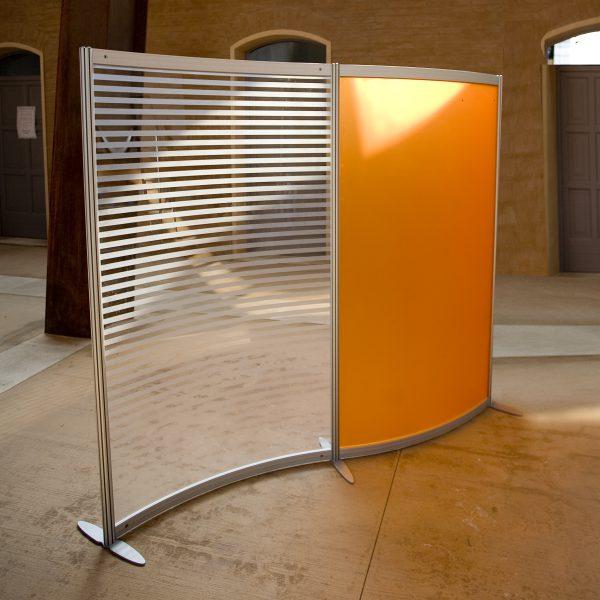 Divisori mobili per ufficio colorati arancio e rigato for Mobili in ferro per ufficio