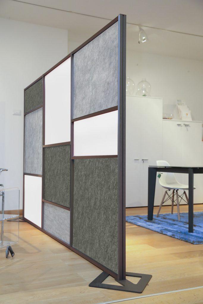 Divisori per uffici open space moderni e di grande for Mobili divisori design