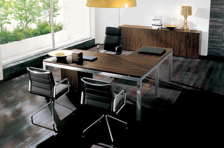 Scrivanie per ufficio di design modelli operativi e for Tavoli e scrivanie