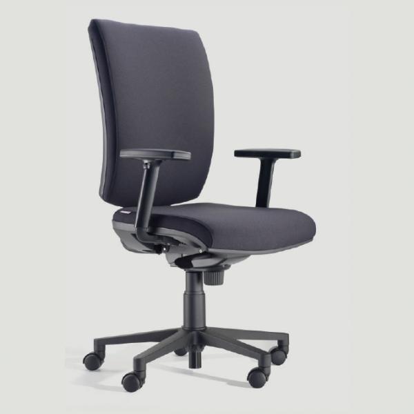 Sedia da ufficio ergonomica con consegna veloce studio t for Sedia ergonomica