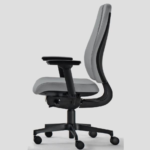 Sedia ufficio ergonomica girevole consegna veloce studio t for Sedia ergonomica